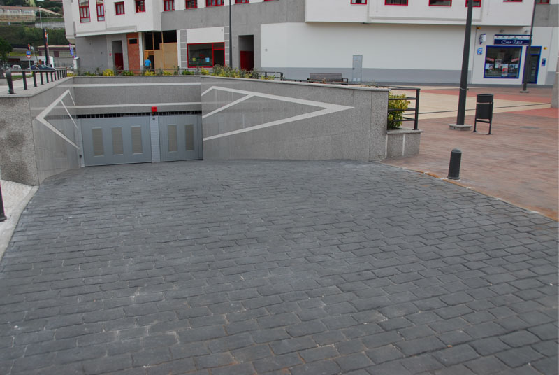 Langreo :: Plazas de Garaje :: Entrada Parking