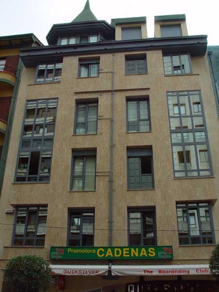 Edificio Nueve de Mayo oficinas de Promotora Cadenas