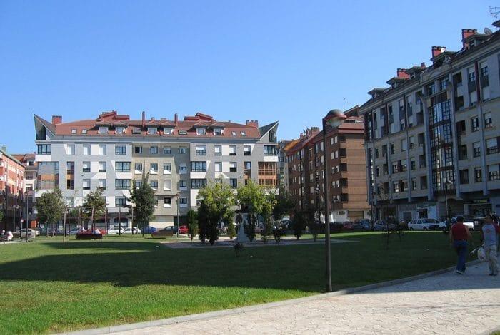 Edificios Parque Pinín La Felguera