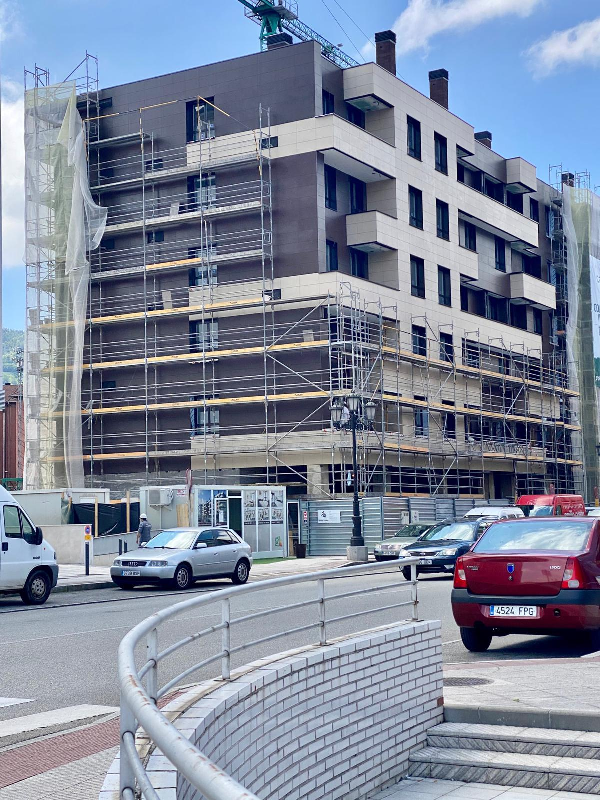 Nuevo-edificio-en-la-corredoria-vincula-residencial